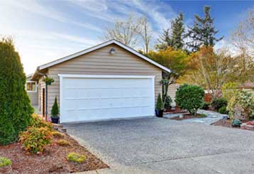 Surprising Ways The Weather Can Effect Your Garage Door | Garage Door Repair McDonough, GA